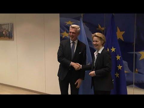 غراندي يدعو الاتحاد الأوروبي لفتح أبوابه أمام المضطهدين…  - نشر قبل 3 ساعة