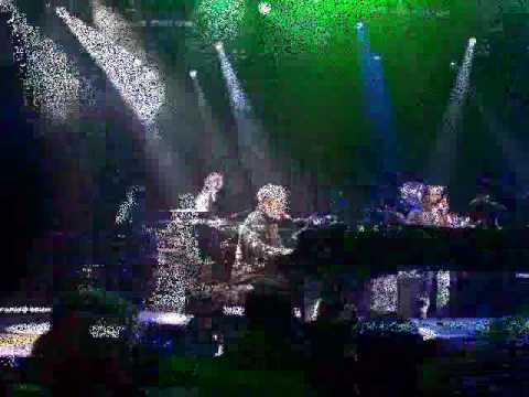 An evening with Elton John in Grand Rapids, Michigan 4/24/2010