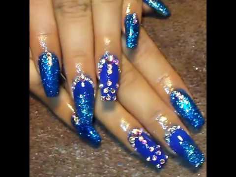 Nails MB.