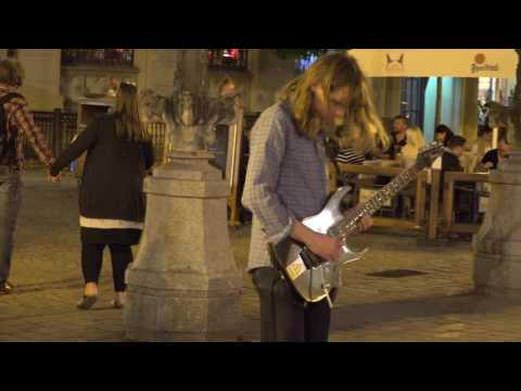 IRON MAIDEN - Phantom Of The Opera - AWESOME guitarist in Wroclaw