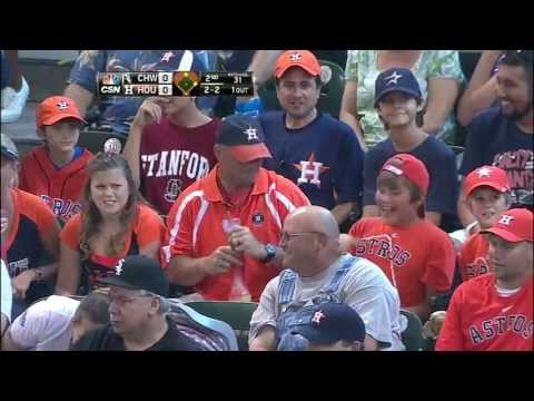 houston-fan-makes-a-nice-one-handed-catch