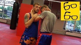 Клинч в тайском боксе Андрея Басынина — скрутки и удары коленями в тайском клинче (muay thai clinch)