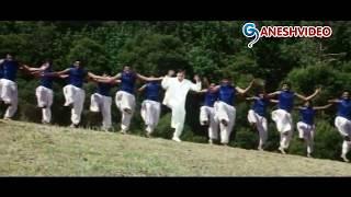 Priyamaina Neeku Songs - Nelanadiga Puvvulanadiga - Tarun, Sneha