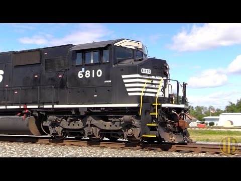 Triclops SD60Ms, Street Running, and More on the Rat Hole