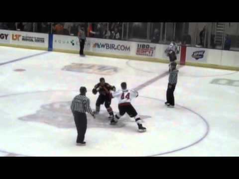 Knoxville Ice Bears/Huntsville-Hockey Fights