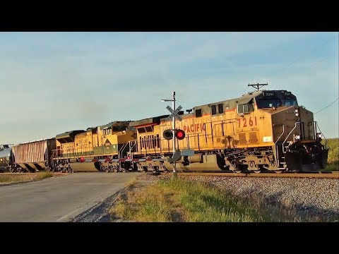 Union Pacific Ethanol Train featuring NS 1067 (Reading), Hartford and Beech, IA 9/7/17
