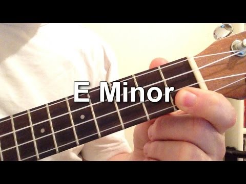 How to play E Minor chord on the ukulele!