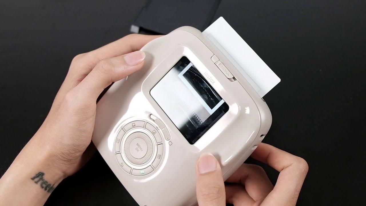 Đồ chơi mới – Fujifilm Instax SQ20 : có thẻ nhớ, quay được video, thích in thì mới in