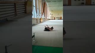 Художественная гимнастика . Тренировка