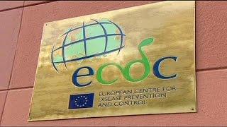 Ebola: la Commissione europea prova a tranquillizzare