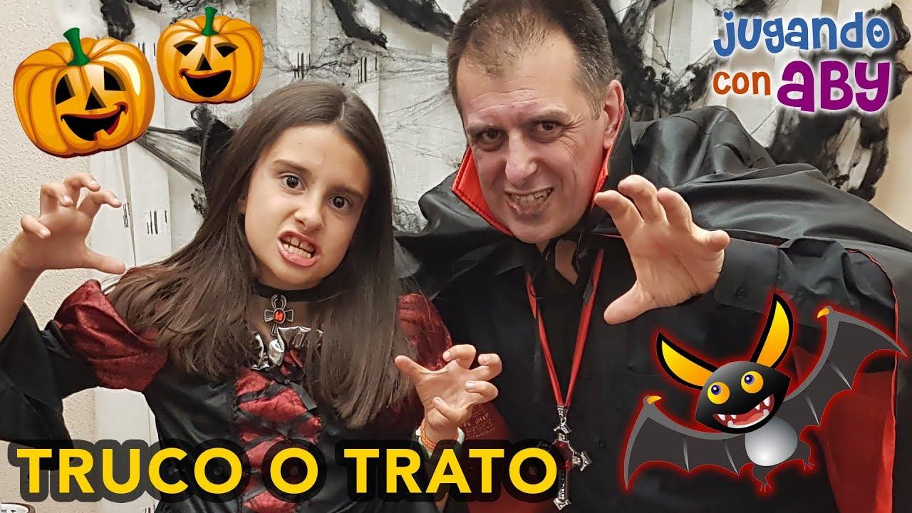 Download Especial Halloween 🎃 Dos VAMPIROS BUSCAN CHUCHES. Truco o Trato 🍬🍭