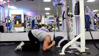 How To: Kneeling Cable Crunch (Core)