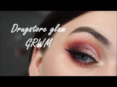 Sophdoesnails x makeup revolution