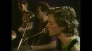 Violent Femmes - Kiss Off - (Live at the Hacienda, Manchester, UK, 1983)