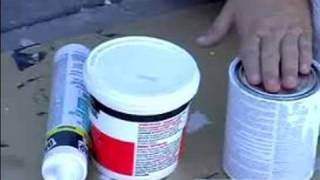 How to Paint an Exterior Wall : Caulk, Spackle & Primer When Painting an Exterior Wall