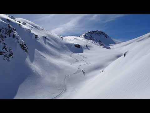 What is heli-skiing in Gudauri, Georgia? Аmazing adventure and off-piste skiing in deep powder snow!
