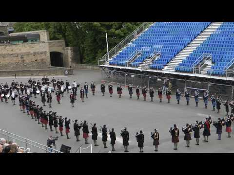 Cadets Pipe Band at Edinburgh Castle