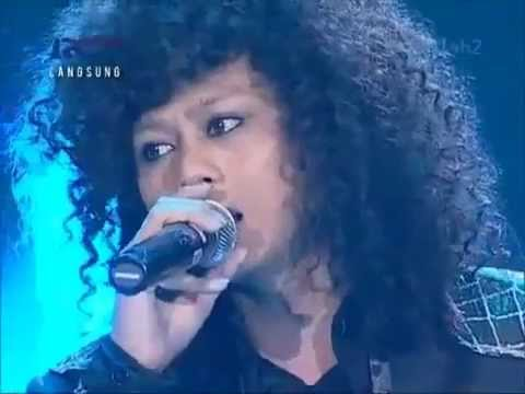 Yoda - Mahadewi - Top 3 Indonesian Idol 2012 (23 June 2012)