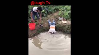 Whatsapp Most Viral Funny Videos 2017 Funny Pranks Try Not To Laugh ...