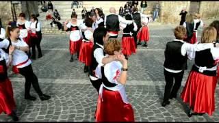 Ballo di gruppo Tarantella Pulcinella Coreografia Marina RBL Tutti pazzi per il Ballo
