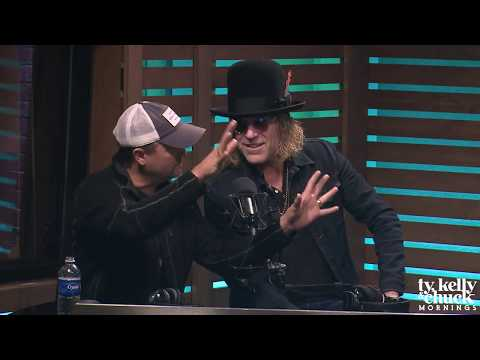 Naughty or Nice List?... Big & Rich Decide These Country Artists' Fate - Ty, Kelly & Chuck