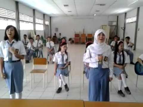 "SMA Negeri 1 Gunungsitoli ""ValenGirlz"""