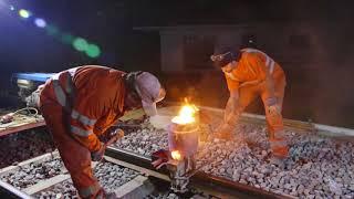 Aluminothermie : soudure de rails avec de la thermite