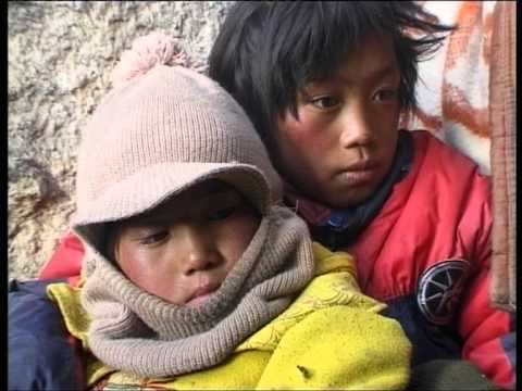 Escape Over The Himalayas:Tibet's Children on their Way into Exile(2000​)