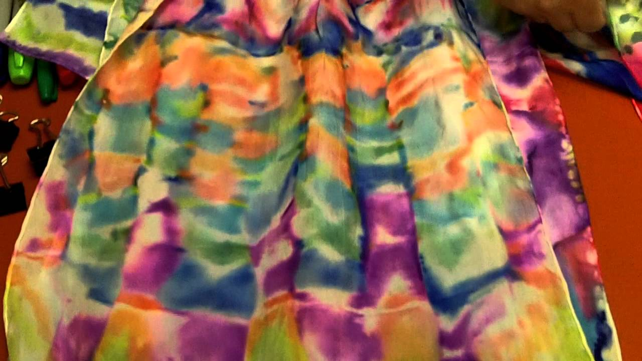silk scarvesdyeing with sharpie markers at art and soul