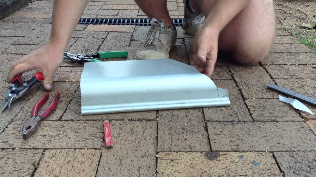 How To Cut External Quad Gutter Corner On Quad 150 Part 2