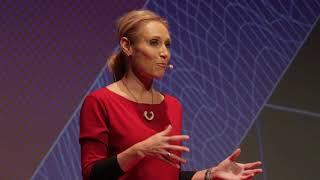 Változás a komfortzónán kívül? | Krisztina Bombera | TEDxYouth@Budapest