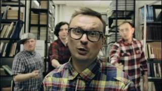 Артем Сабельников — о новом клипе группы «Волны»