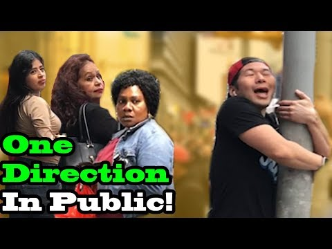 ONE DIRECTION - SINGING IN PUBLIC