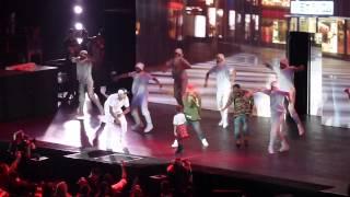 Download Chris Brown - Loyal ft Tyga Los Angeles Mp3 and Videos