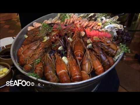 Christmas Eve Buffet Dinner & Jingle Bell Buffet Lunch Highlight @ Casa del Rio, Melaka