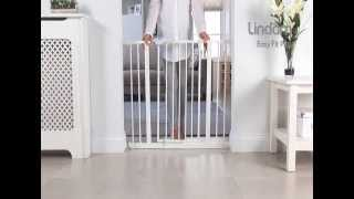 Lindam Easy Fit Plus Stair Gate - How To Use And How To Install Video | Babysecurity
