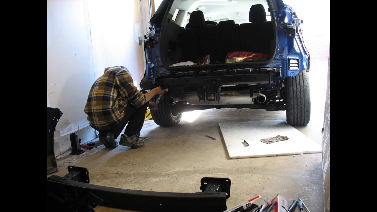 Timelpse Installing An Oem Trailor Hitch On Ford Escape