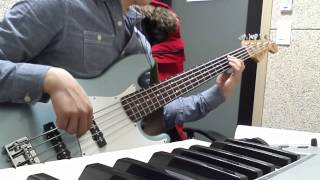 Grooves for electric bass - Groove 2