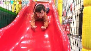 라임이의 토이저러스 트램폴린 방방이 미끄럼틀 놀이터 자동차 장난감 놀이 | Indoor Playground |LimeTube & Toy 라임튜브