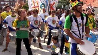 Baixar 6 Oct 2012 HONK! - Bloco AfroBrazil - Davis Square - Samba Axe percussion ensemble
