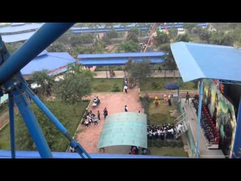 Toàn cảnh khu vui chơi Đảo Ngọc Xanh khi đứng trên cao