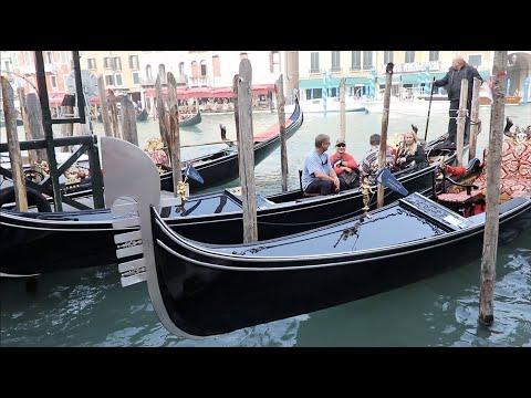 Венеция Италия - Прогулка по городу и его каналам - Гондола катафалк  -  Venice Italy