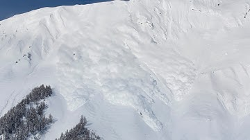 Spektakuläre Lawinensprengung im Wallis Teil 1 - Lawine - Vallée de la Sionne - Sion - Anzère