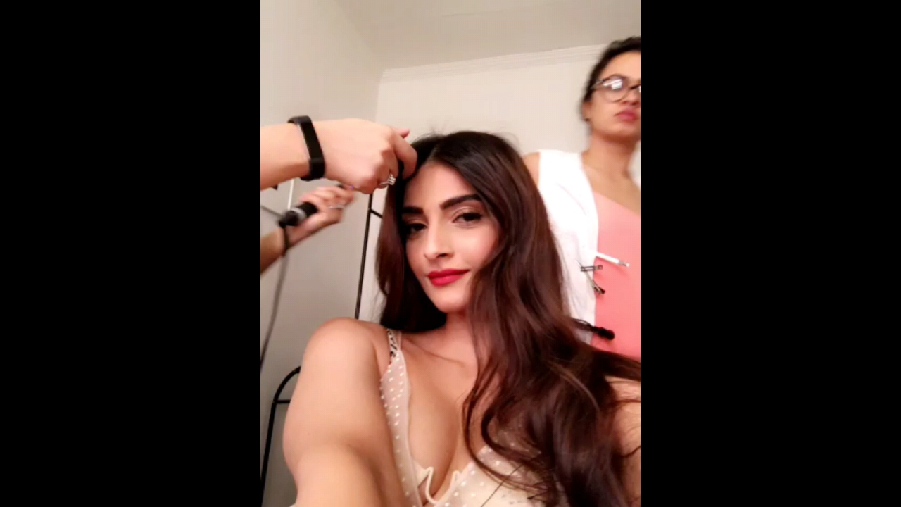 Sonam Kapoor Shoot For Cosmo India  Sonam Kapoor -3261