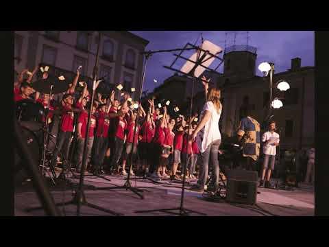 serata cori in piazza per padre Ibrahim