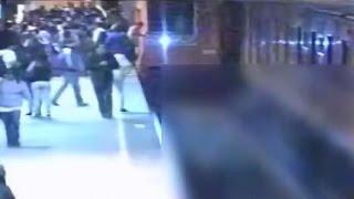 Estudiante de la UNAM muere al ser empujado a las vías del Metro Copilco RAW images CCTV