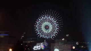 2012高雄夢時代(Taiwan New Year fireworks) 跨年煙火秀 雙發射點 震撼全景(HD清晰)