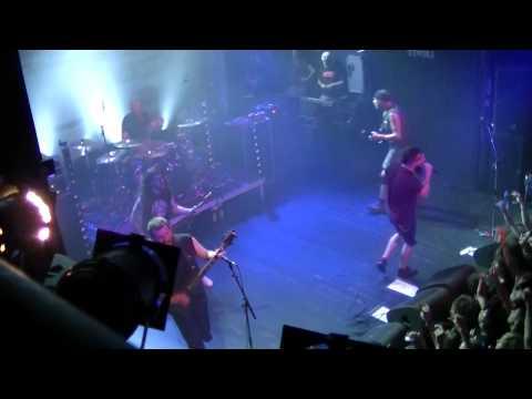 killswitch-engage---self-revolution-+-fixation-on-the-darkness-live-@-tivoli-utrecht-30-5-2012
