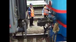 Сцепка локомотива и пассажирского состава | Russian train coupling
