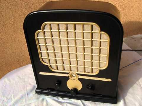 Restored Telefunken 33 WL old tube radio from Czech Republic working.